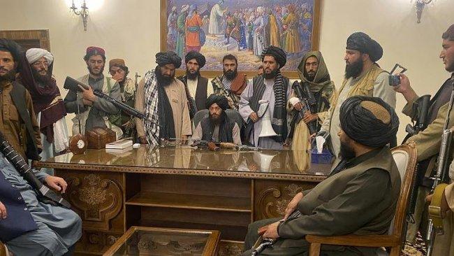 Taliban'dan 'yeni anayasa' açıklaması