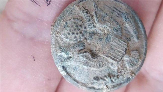 Zerzevan Kalesi'nde gizemli rozet: Amerika'nın temelleri Diyarbakır'da mı atıldı?