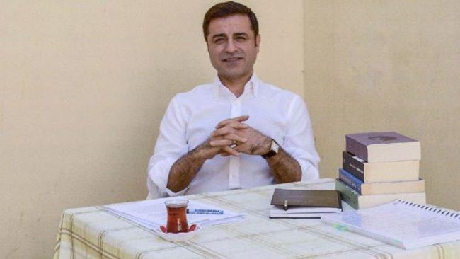 'Demirtaş'ın seçim sürecinde cezaevinde kalması amaçlanıyor'