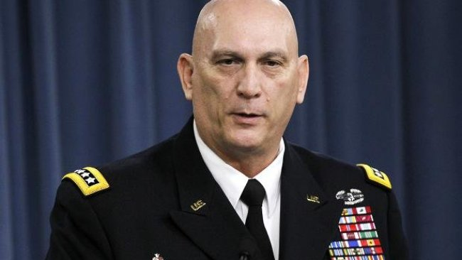 Türk askerinin başına çuval geçiren ABD'li komutan Raymond Odierno öldü