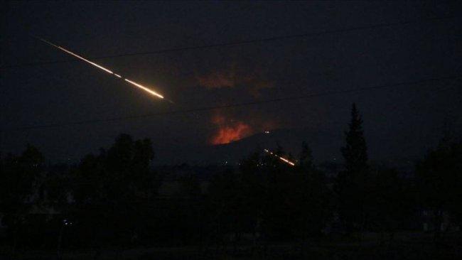 Suriye-Irak sınırında İran destekli milislere hava saldırısı